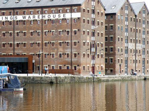 warehouse quay river