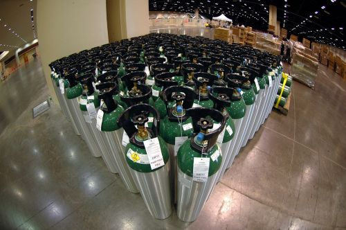 warehouse oxygen canisters