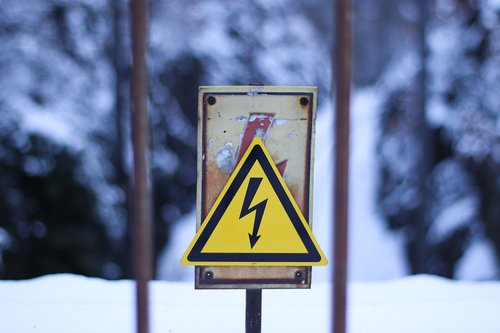 warnschild  street sign  high voltage