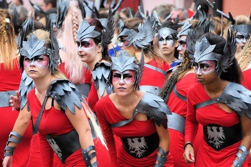 warriors  red  helmet