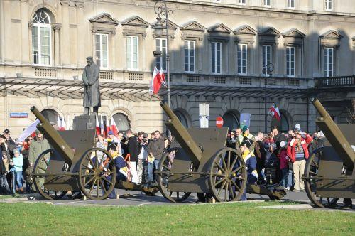 warsaw piłsudski square independence day