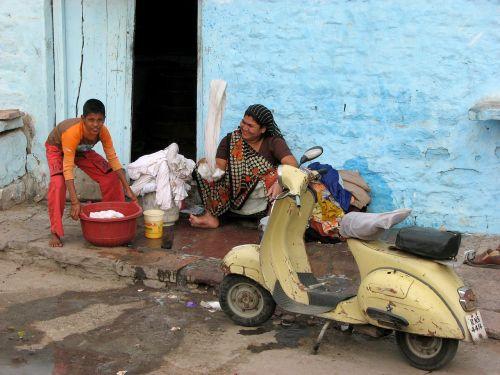 wash help joy
