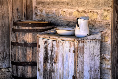 wash basin and picture  southern  vintage