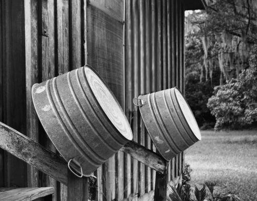 wash tub old house