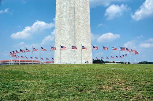 Vašingtonas,Vašingtono paminklas,vėliavos,žolė,miestas,miestai,orientyras,paskirties vietos,istorinis,gamta,lauke,vasara,pavasaris