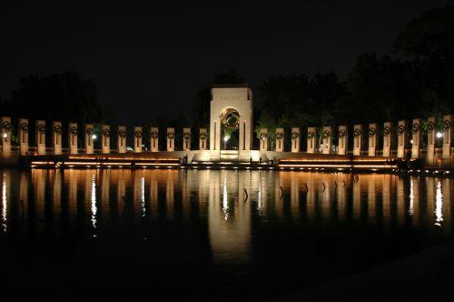 washington dc world war ii memorial night