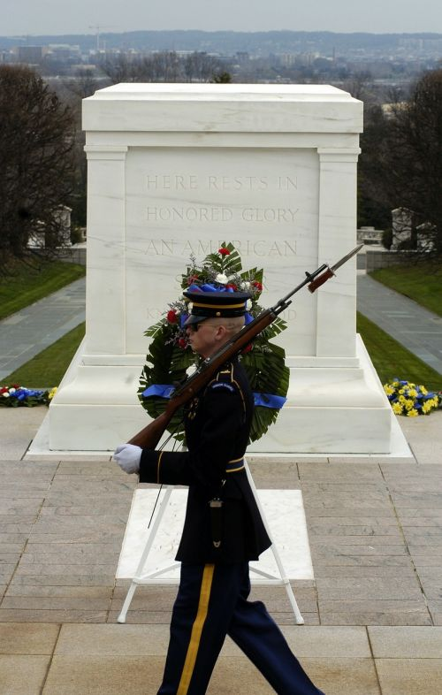 washington dc arlington national cemetery soldier