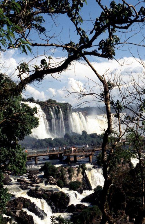 wassrfaelle brazil national park iguazú
