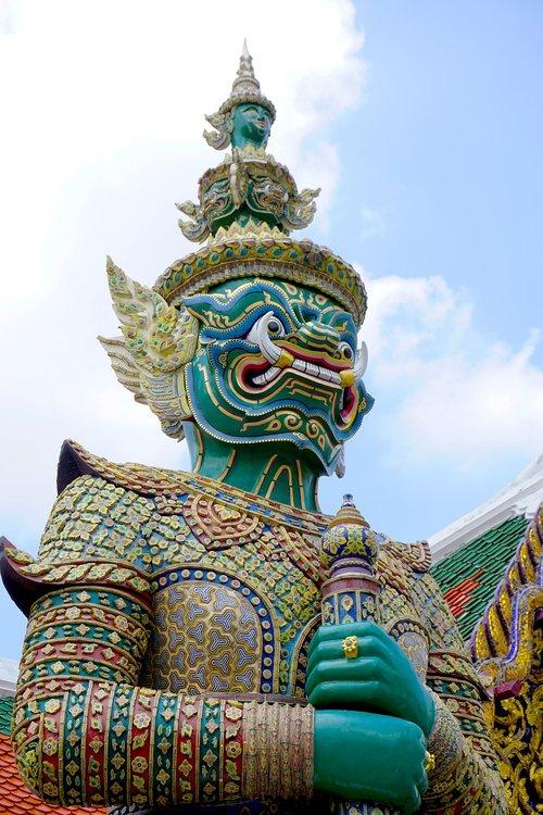 wat phra kaew  wat  temple