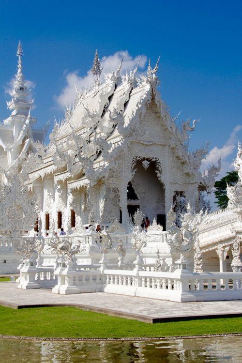 wat rong khun temple thailand