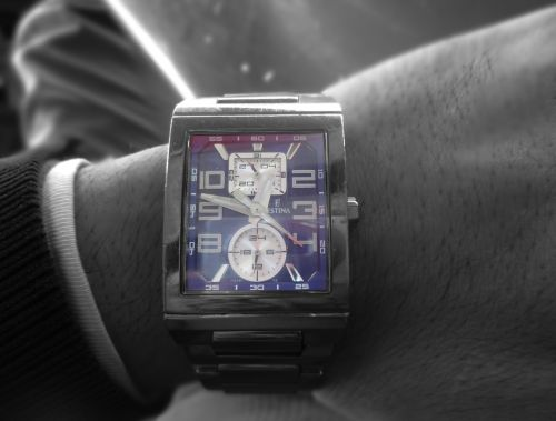 watch clock black and white