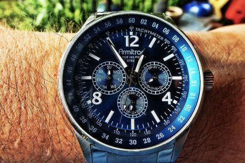 watch wrist wristwatch