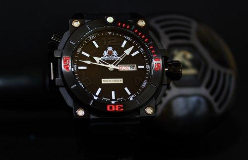 watch  diver  scuba