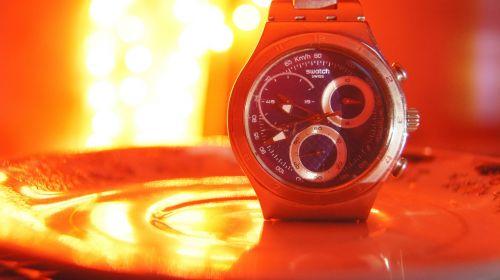 watch bokeh red