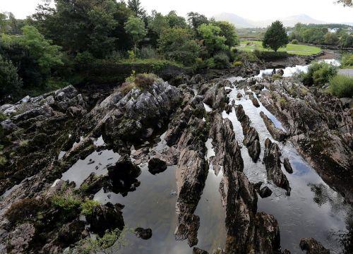 river ireland inner conflict