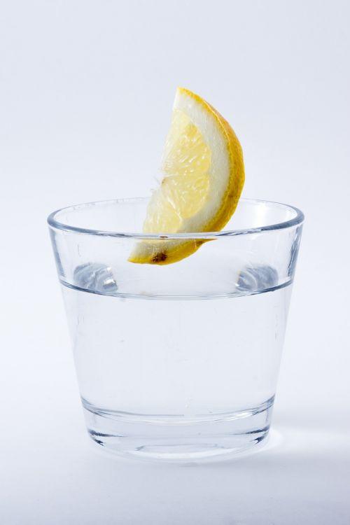 water lemon drink