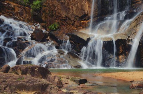 vanduo,kritimo,krioklys,gamta,parkas,upė,miškas,kraštovaizdis,kelionė,srautas,vaizdingas,natūralus,turizmas,srautas,dykuma,nacionalinis,atostogos,purslų,Rokas,aplinka