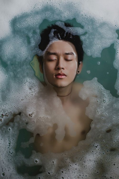 water bath bathtub