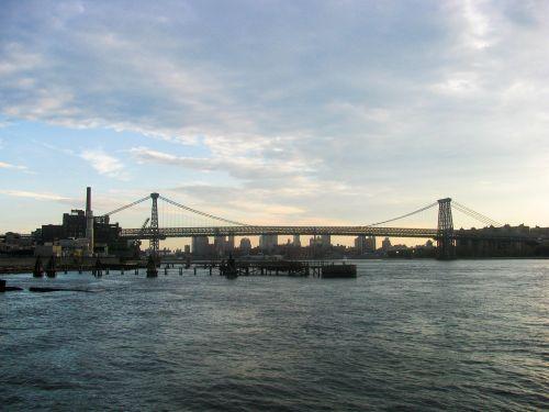 vanduo,uostas,uostas,pramoninis,tiltas,miestas,pastatai,dangus,debesys