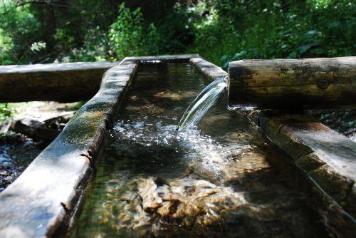 water tube fountain