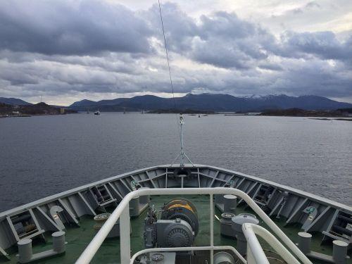 water travel transportation system