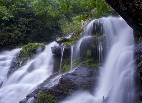 water  falls  waterfalls