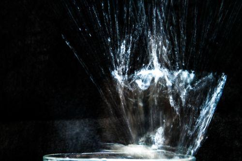 water spray water splashes