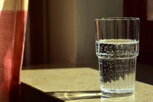 water  glass  glass of water