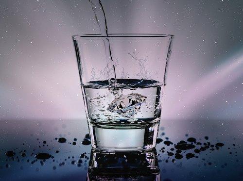 water  glass  liquid