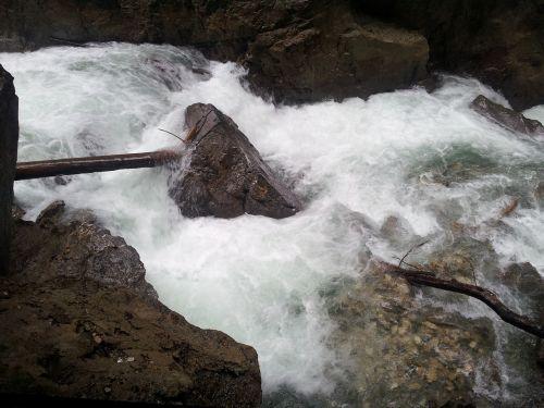 water stone murmur