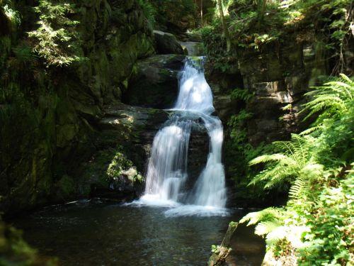 vanduo,weir,upė,dabartinis,srautas,neryškus vanduo,krioklys,gamta,begantis vanduo