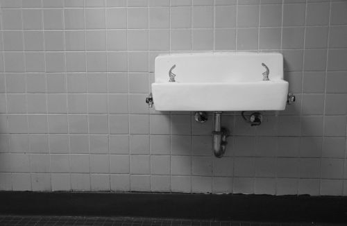 water fountain drinking fountain water