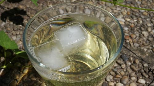 water glass ice cubes glass