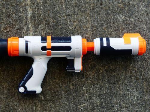 water gun spray gun pistol