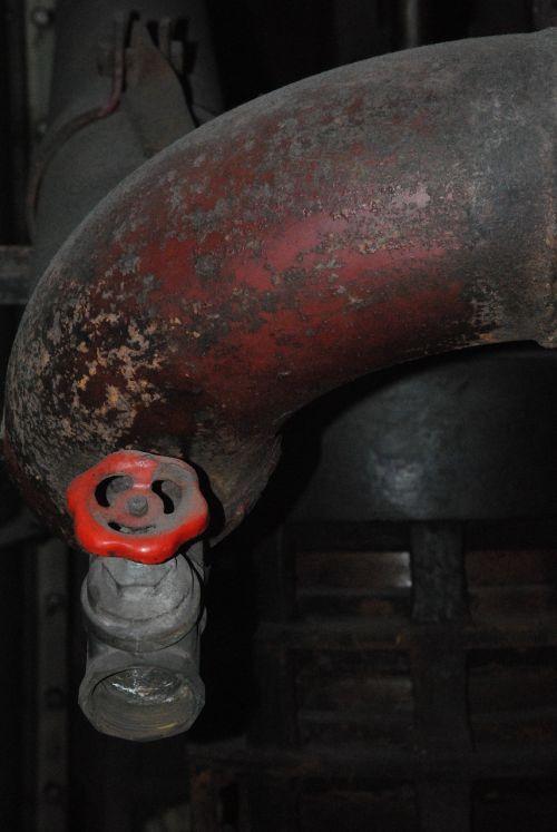 water pipe adjusting screw line