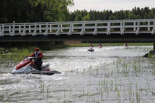water scooter  yamaha jet ski  bridge
