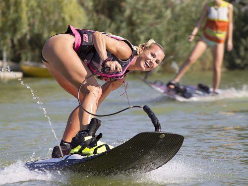 water skiing wakeboarding water