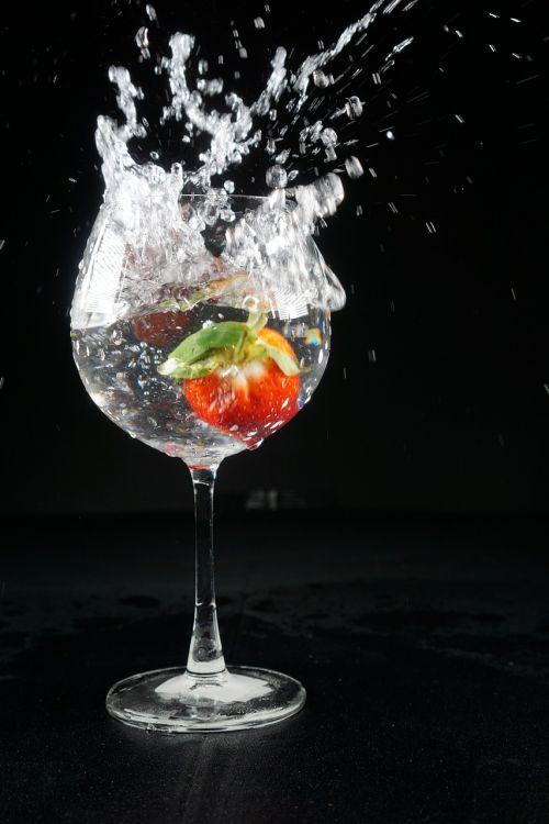 water splatter fine particles splatter