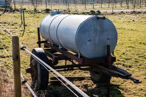 water tank tank water