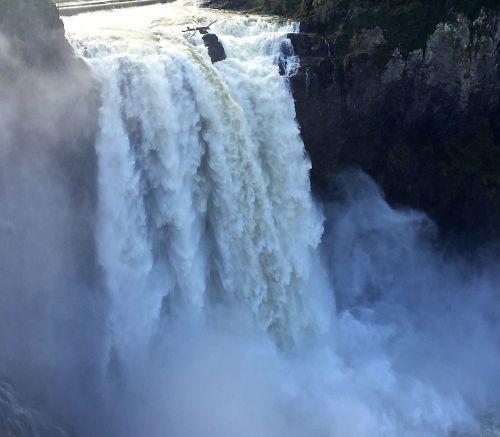 waterfall snoqualmie northwest