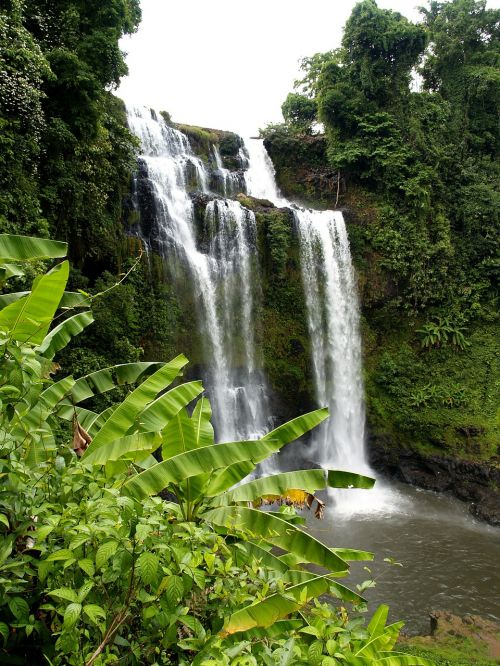 waterfall falla cascades