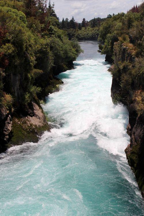 waterfall new zealand hookah if