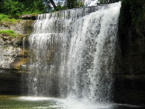 krioklys,švirkšti,baseinas,vasara