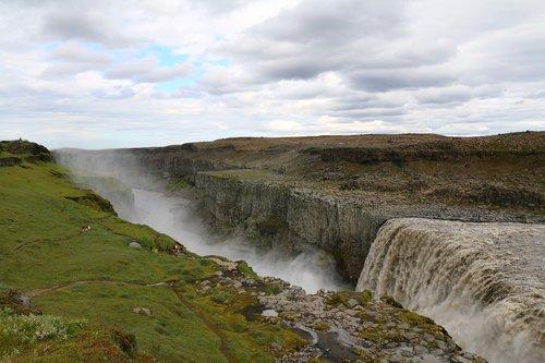 waterfall  gigantic  large