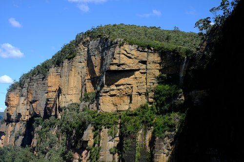 waterfall  govetts leap falls  blue mountains