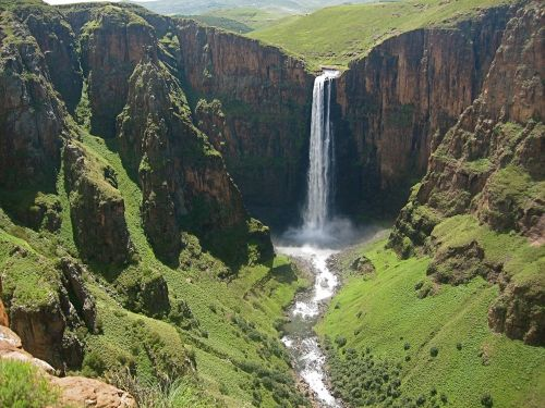 waterfall maletsunyane falls plunge