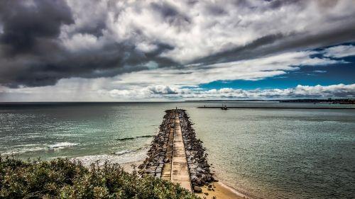 waterfront strom bay