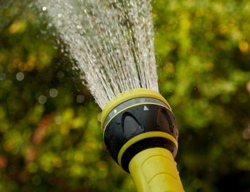 watering water jet gardener