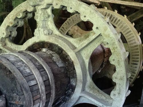 waterwheel water mill old