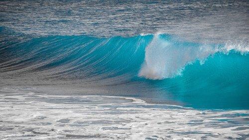 wave  splash  water